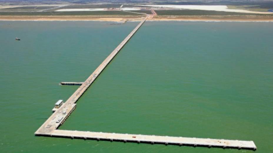 Porto terá 17 km de píer com capacidade para receber até 47 embarcações
