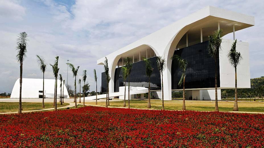 Centro administrativo projetado pelo arquiteto Oscar Niemeyer, em Belo Horizonte