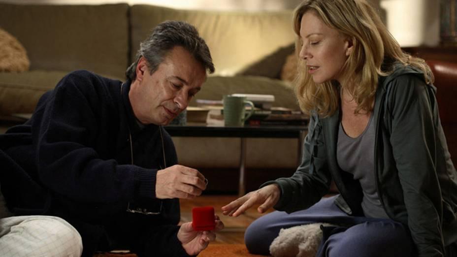 Oscar Martínez e Cecilia Roth em Ninho Vazio (2008), sobre um casal que lida com a partida dos filhos