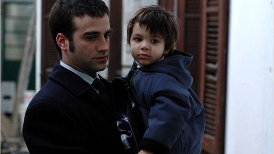 O ator Daniel Hendler em As Leis de Família (2006), sobre um advogado que segue os rumos do pai