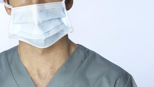 cirurgia-homem-cirurgiao-medico-original.jpeg
