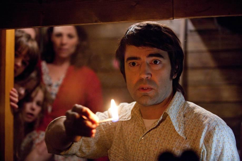 Ron Livingston em cena do filme Invocação do Mal