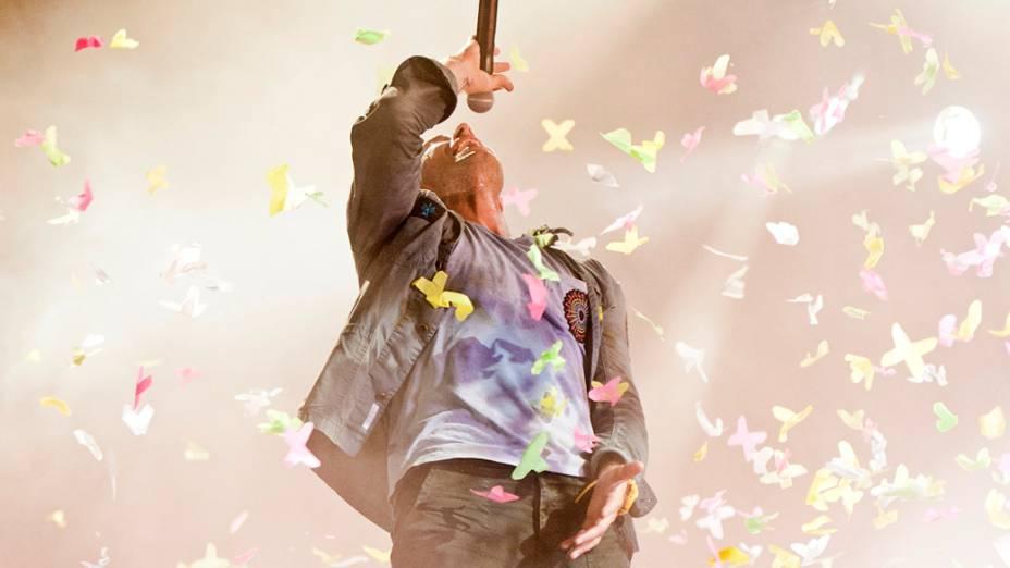 Coldplay durante o show no palco Mundo, no sexto dia do Rock in Rio, em 01/10/2011