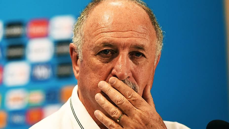O técnico Luiz Felipe Scolari durante coletiva de imprensa antes do jogo contra a Alemanha, em Belo Horizonte
