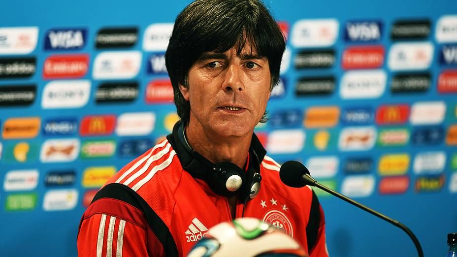 O técnico Joachim Löw, da Alemanha, durante coletiva de imprensa, em Belo Horizonte