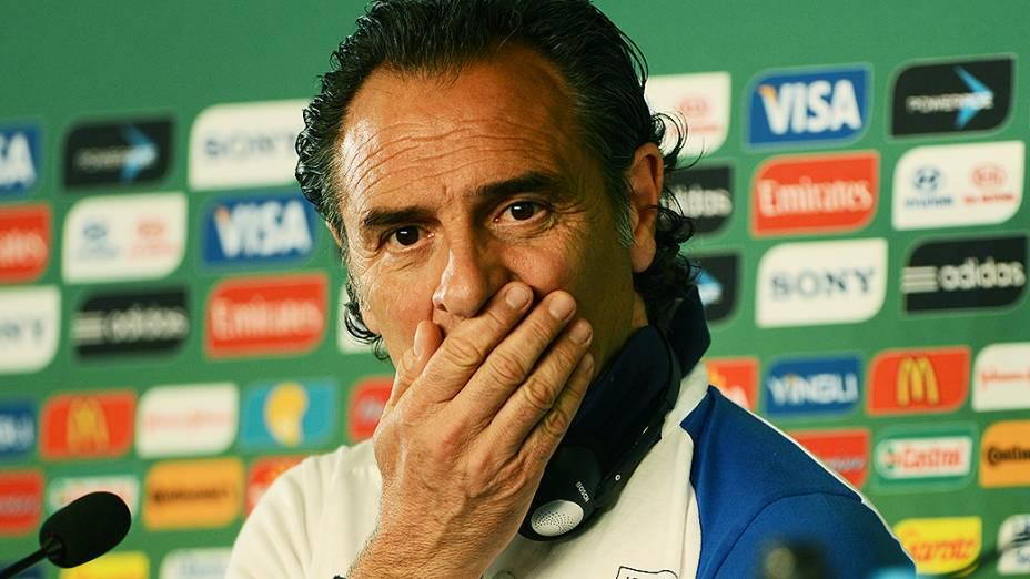 Coletiva de imprensa com o treinado da seleção da Itália no Castelão