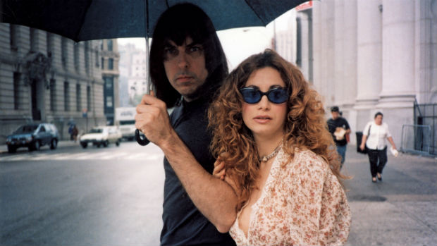 Johnny Ramone com a mulher, Linda