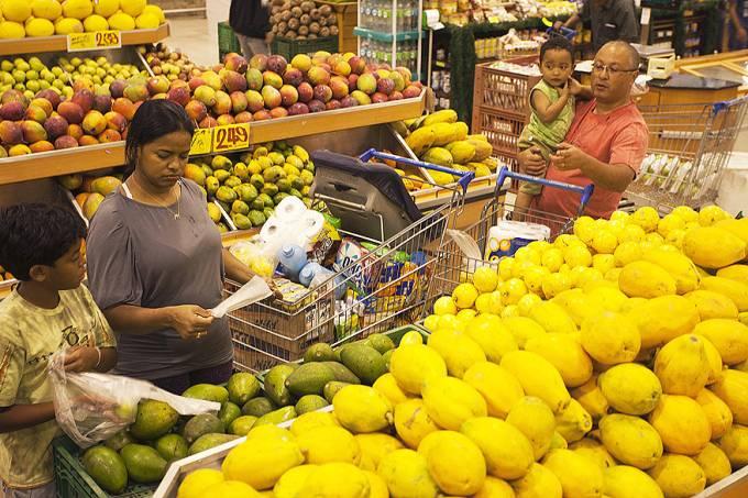 compras-despesas-inflacao-20120509-01-original.jpeg
