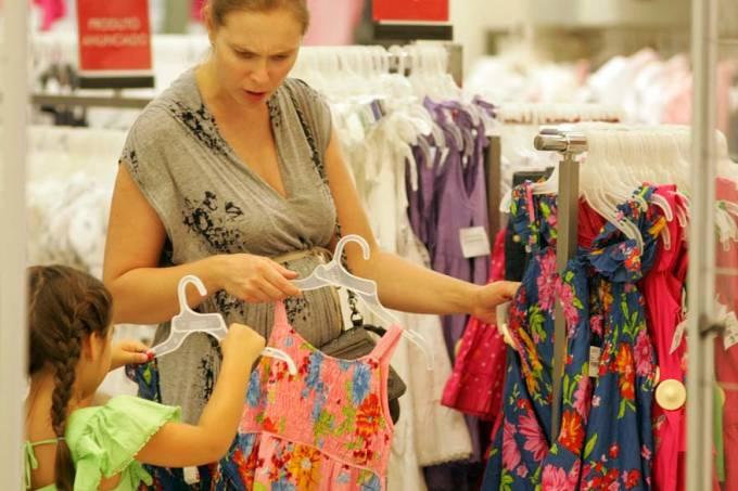 consumidor-compras-consumo-shopping-rio-de-janeiro-20111220-original.jpeg
