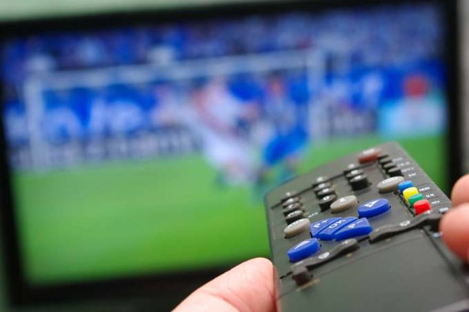 controle-remoto-televisao-futebol-original.jpeg