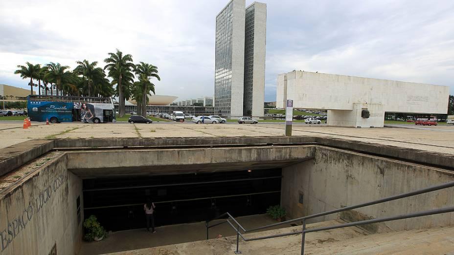 Espaço Lúcio Costa, na Praça dos Três Poderes, está fechado