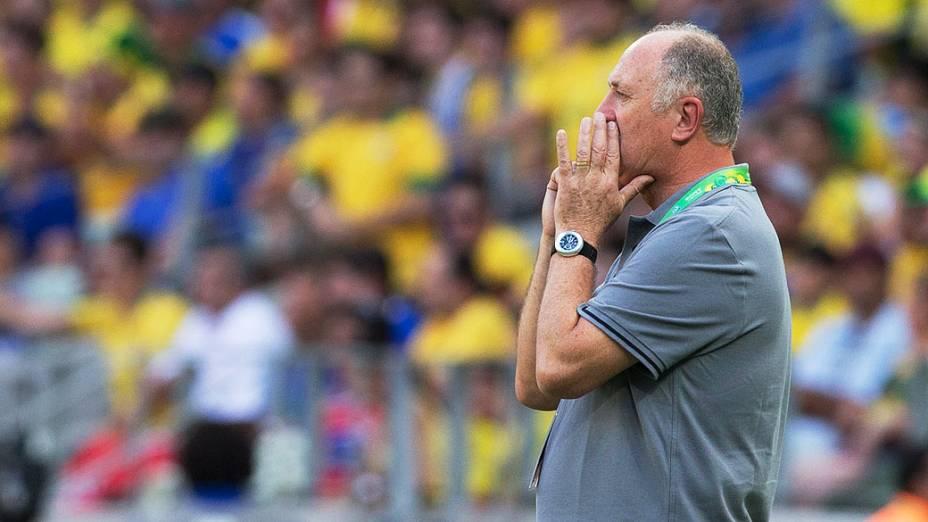 Felipão durante partida entre Brasil e México, pela Copa das Confederações, nesta quarta-feira (19) em Fortaleza