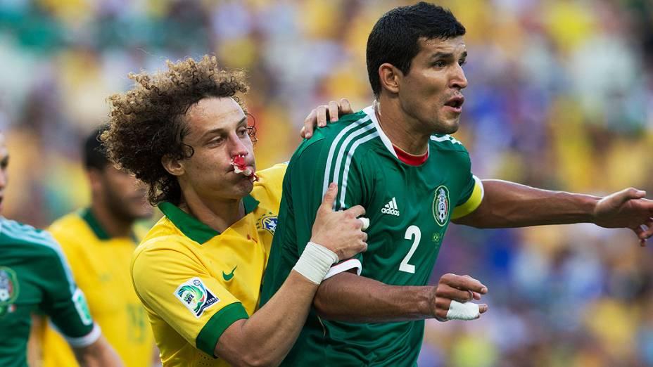 David Luiz durante partida entre Brasil e México, pela Copa das Confederações, nesta quarta-feira (19) em Fortaleza
