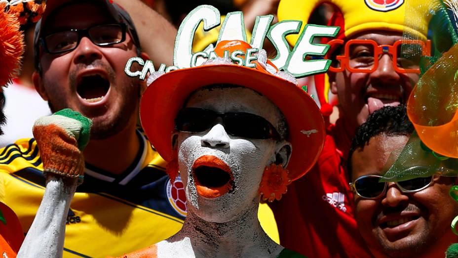 Torcedores durante partida entre Colômbia e Costa do Marfim