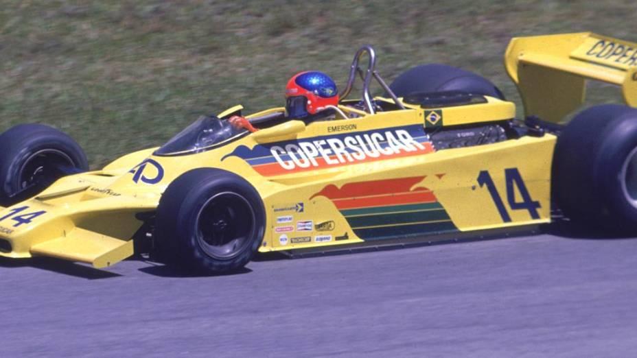Emerson Fittipaldi a bordo do brasileiro Copersucar, nos anos 1970