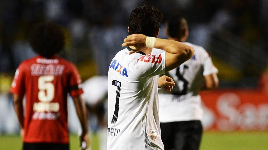 Alexandre Pato marcou o primeiro gol do Corinthians contra o Tijuana, na vitória por 3 a 0, nesta quarta-feira (13)