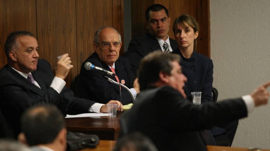 Carlinhos Cachoeira, comparece à Comissão Parlamentar de Inquérito (CPI) mista do Congresso, em Brasília, nesta terça-feira