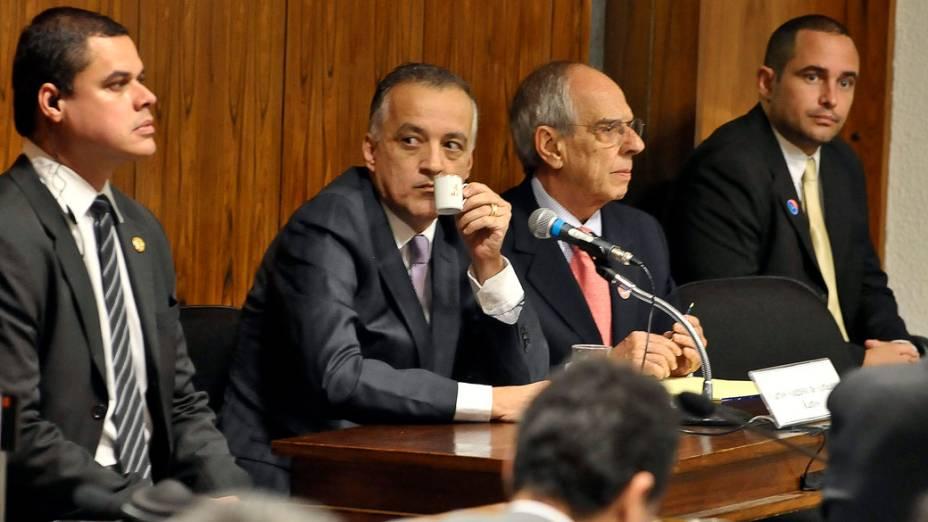 Carlinhos Cachoeira na Comissão Parlamentar Mista de Inquérito, em 22/05/2012