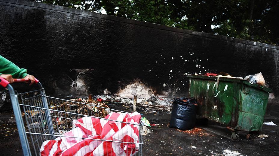 Favela na Avenida Dracena, local de consumo de crack na Zona Oeste de São Paulo