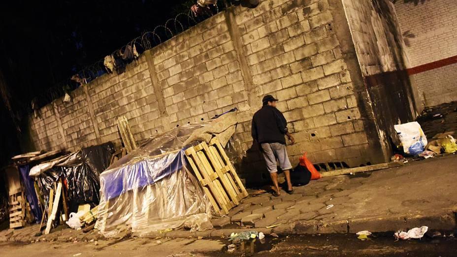 Barraco montado no Jardim Andaraí: área tem um ponto de uso de crack em São Paulo