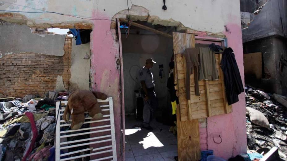 Policiais Militares realizam operação para coibir o tráfico de drogas e o consumo na região conhecida como Cracolândia, São Paulo