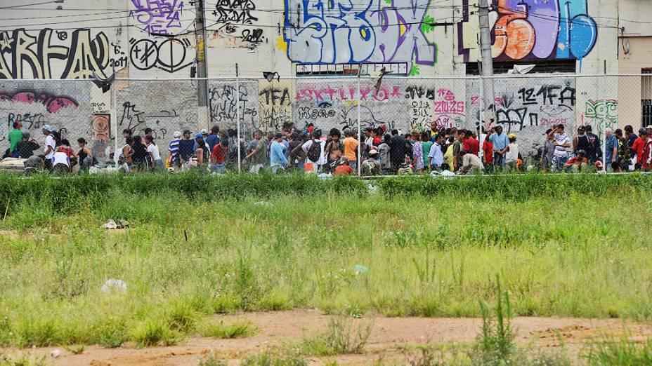 Concentração de usuários de drogas na região conhecida como cracolândia