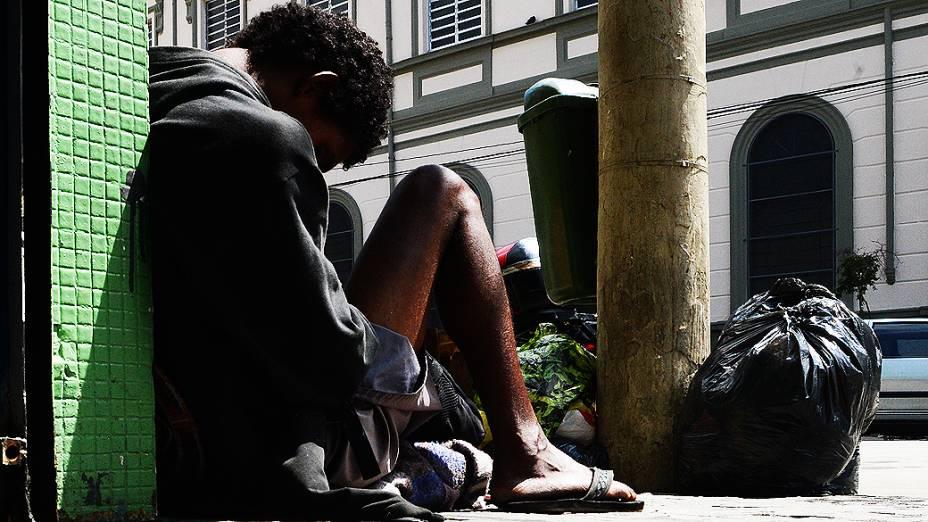 No centro de São Paulo há uma concentração diária de cerca de 300 usuários de crack na região conhecida como cracolândia