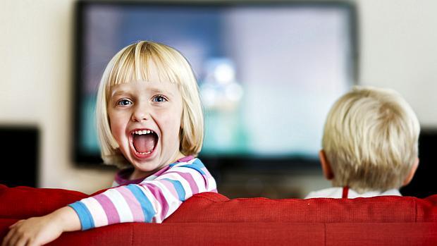criancas-na-tv-original.jpeg
