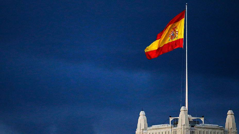 Em meio a protesto, Espanha anuncia novo pacote econômico