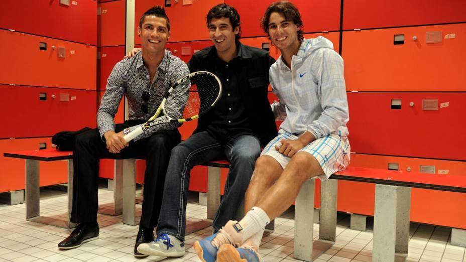 Cristiano Ronaldo, Raul Gonzalez e Rafael Nadal se encontram em Madri durante torneio de tênis