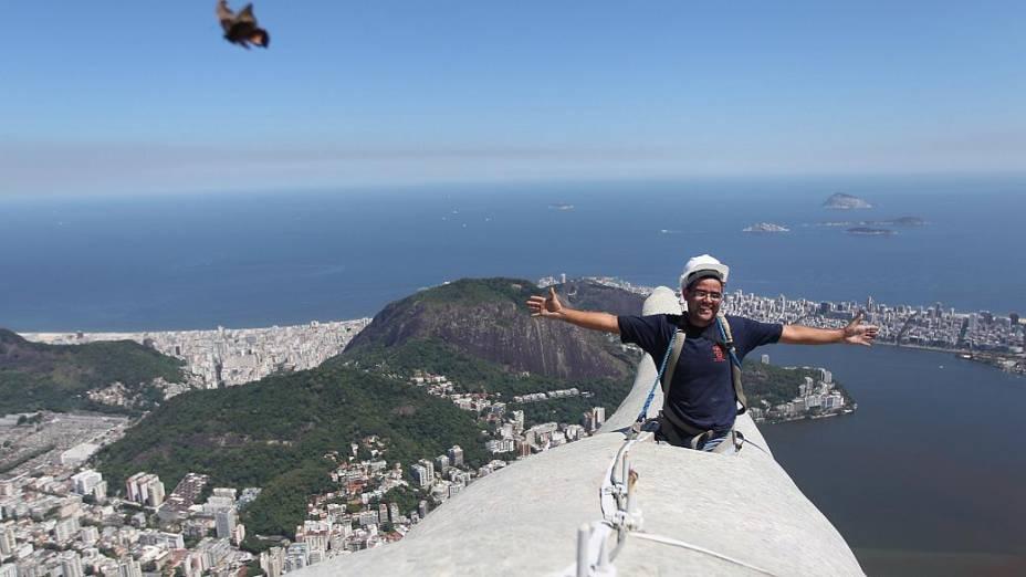 Cristo Redentor passa por reforma no Rio