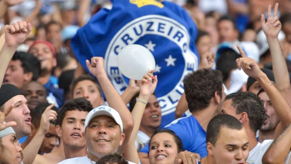 A torcida do Cruzeiro no jogo contra o Flamengo, pelo Brasileirão 2013