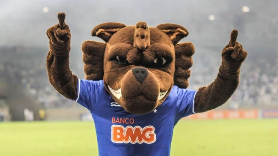 O mascote do Cruzeiro no Mineirão