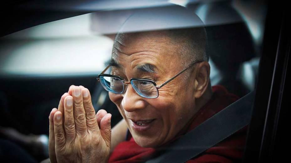 Dalai Lama chega no aeroporto de Christchurch, Nova Zelândia