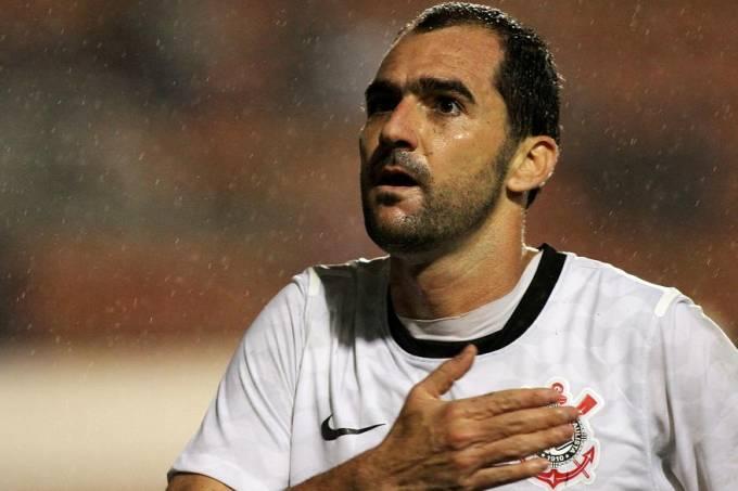 danilo-fez-o-gol-do-corinthians-no-empate-contra-o-figueirense-original.jpeg