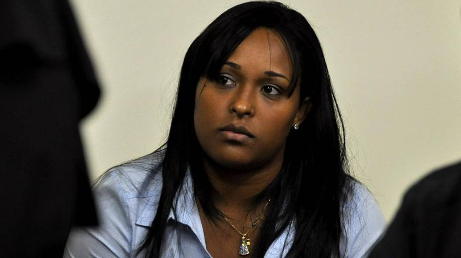 Dayanne, ex-mulher de Bruno, no fórum de Contagem para o segundo dia de julgamento