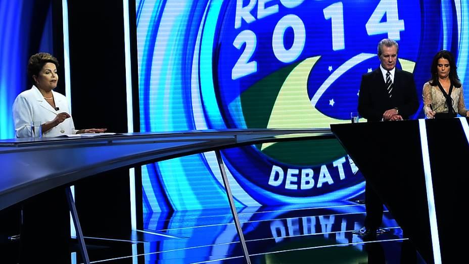Debate entre os candidatos à presidência, Aécio Neves (PSDB) e Dilma Rousseff (PT) neste domingo (19), realizado pela Rede Record em São Paulo