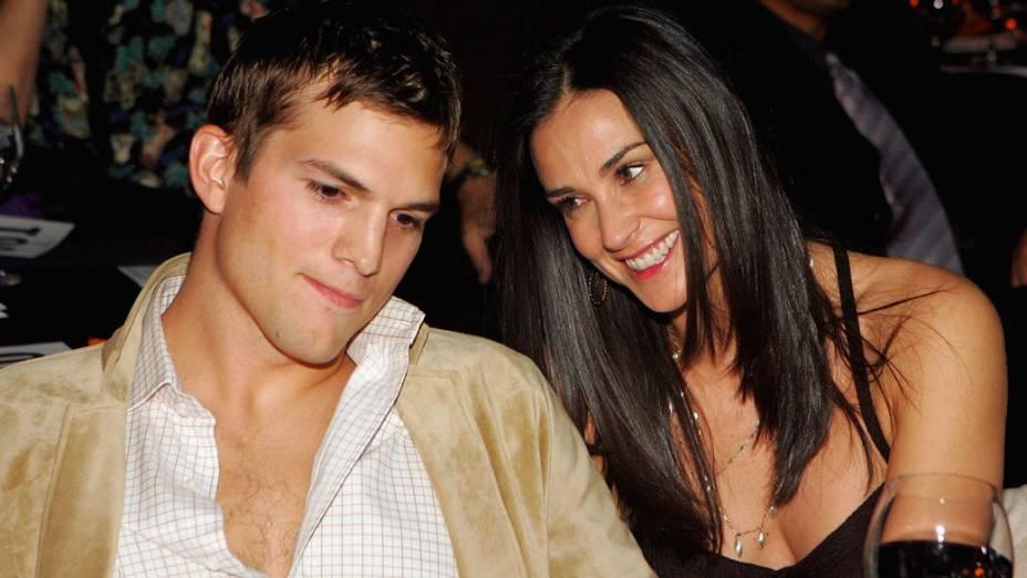 Ashton Kutcher e Demi Moore, já casados, participam de evento em Las Vegas - 15/10/2005