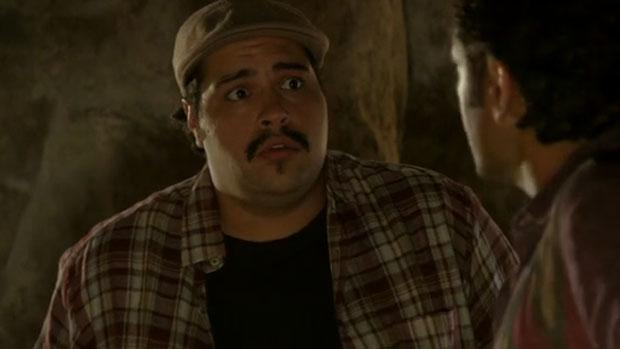 Demir (Thiago Abravanel) em cena de <em>Salve Jorge</em>