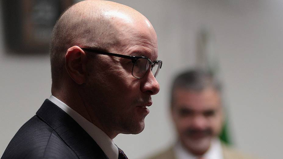 O senador Demóstenes Torres (sem partido- GO) comparece à reunião do Conselho de Ética e Decoro Parlamentar do Senado, em Brasília