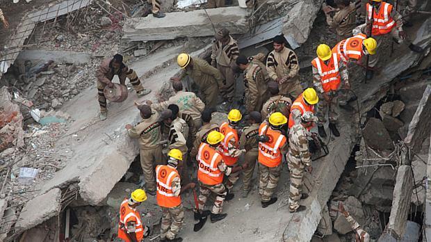 O resgate: autoridades locais temem que número de mortos suba