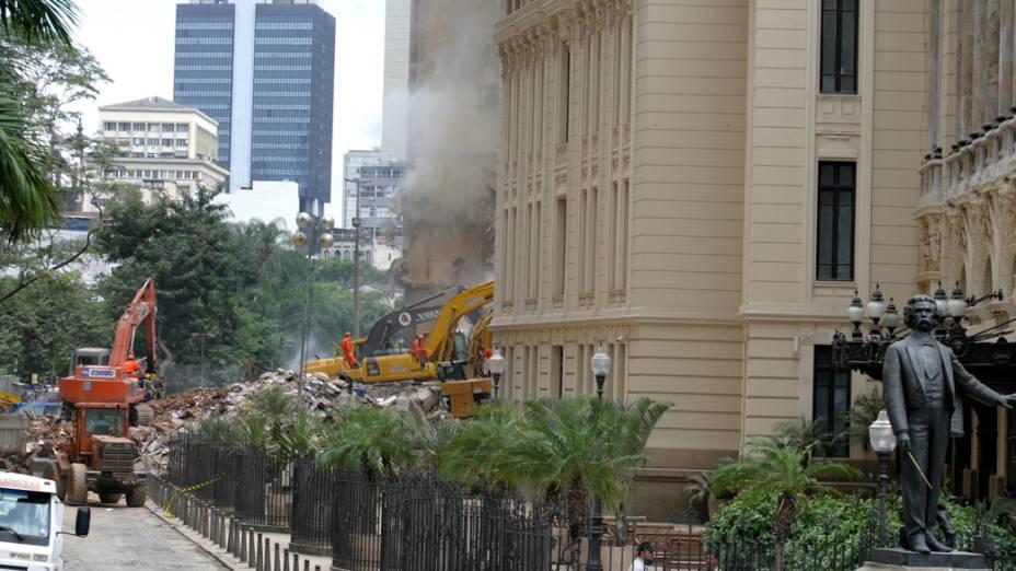 Desabamento de 3 prédios no Rio de Janeiro, na noite do dia 25 de janeiro