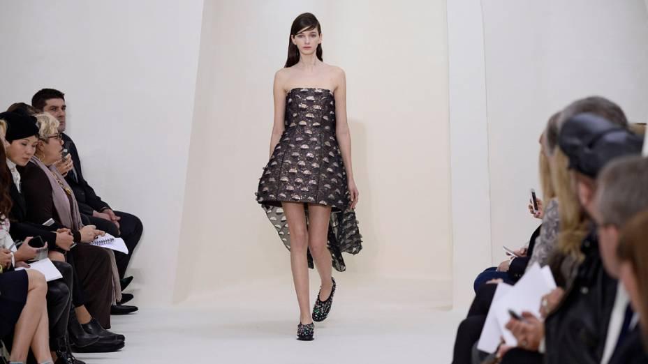 Desfile da Dior na Semana de Moda de alta-costura em Paris, na França