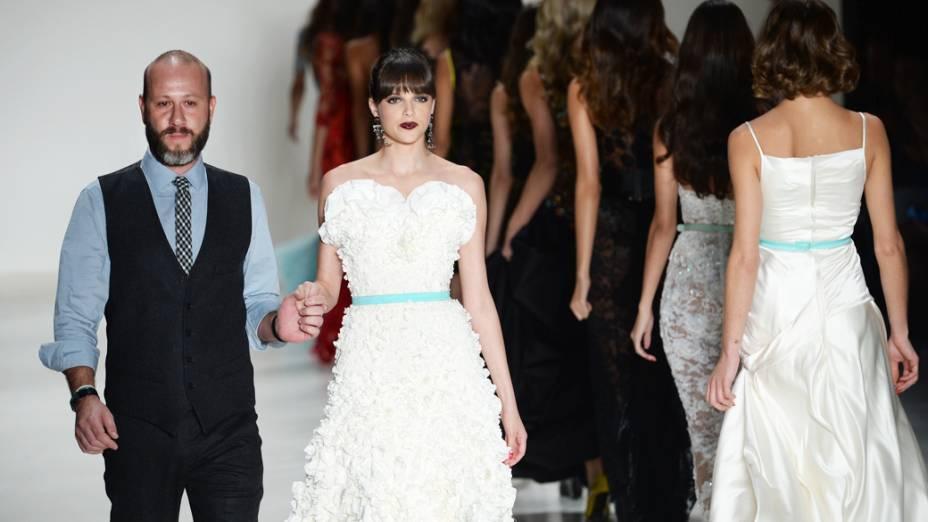 Samuel Cirnansck encerra o quinto e último dia da São Paulo Fashion Week
