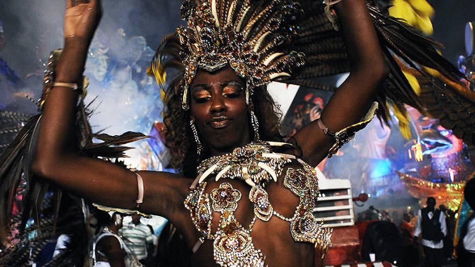 Destaque da escola de samba Nenê de Vila Matilde. A escola desfilou enredo sobre igualdade