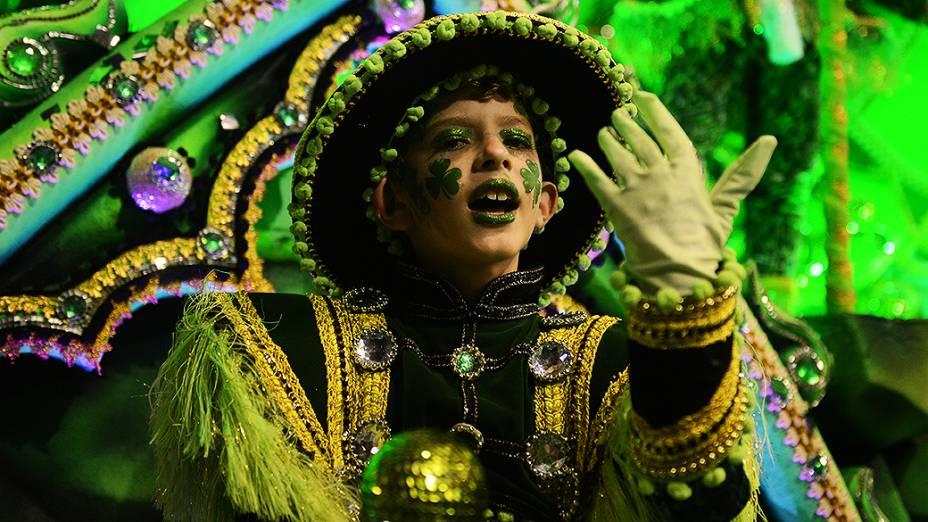 Rosas de Ouro apresentou as maiores festas do mundo durante desfile no Anhembi