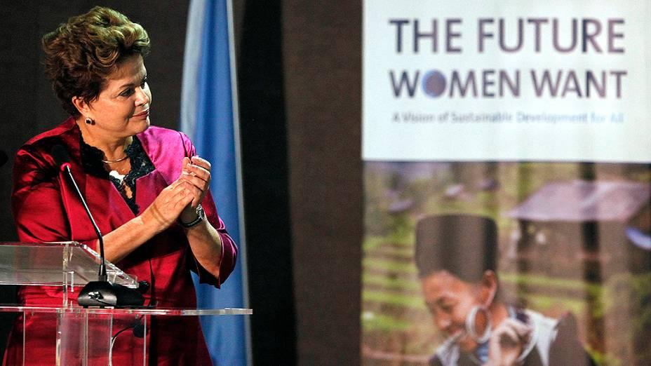 Dilma participou de reunião com outras líderes mundiais para alertar para a contribuição feminina no desenvolvimento