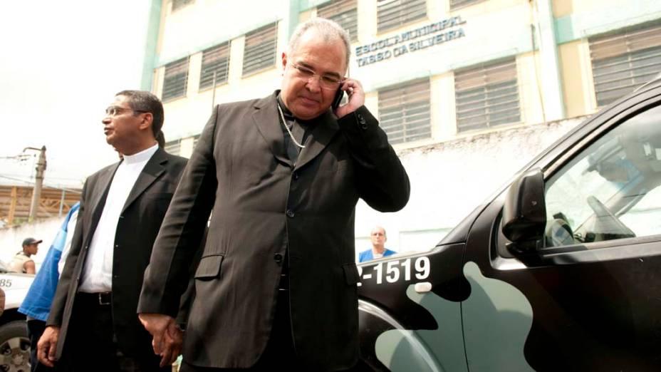 Dom Orani, Arcebisto do Rio de Janeiro chega a Escola Tasso da Silveira, no bairro Realengo, Rio de Janeiro
