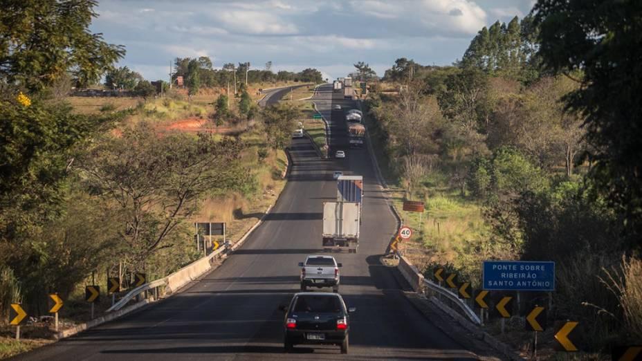 Expedição Veja na rodovia BR 135 entre as cidades de Montes Claros e Sete Lagoas (MG)
