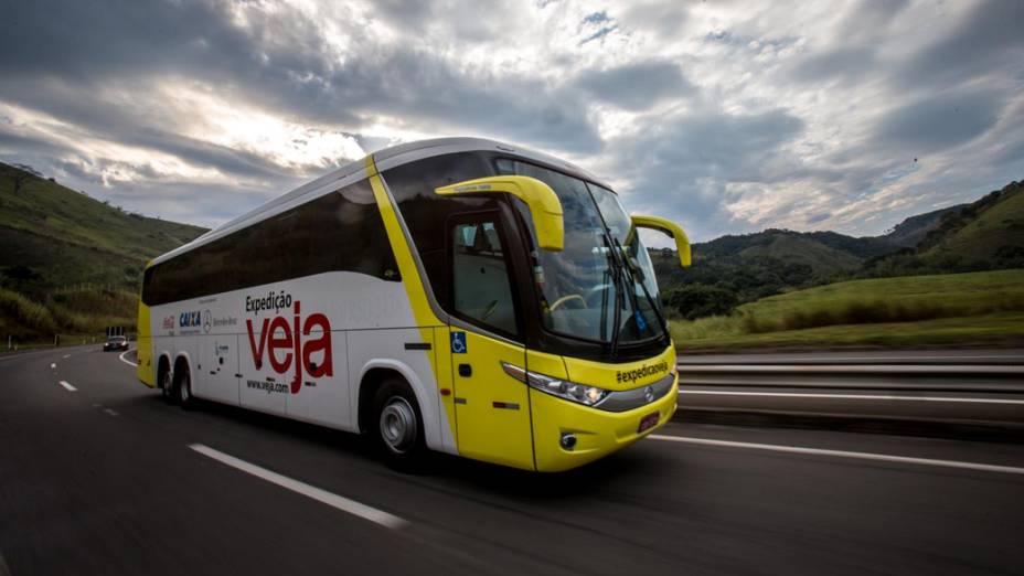 Ônibus da expedição VEJA no trajeto entre Sete Lagoas (MG) e Porto Real (RJ)